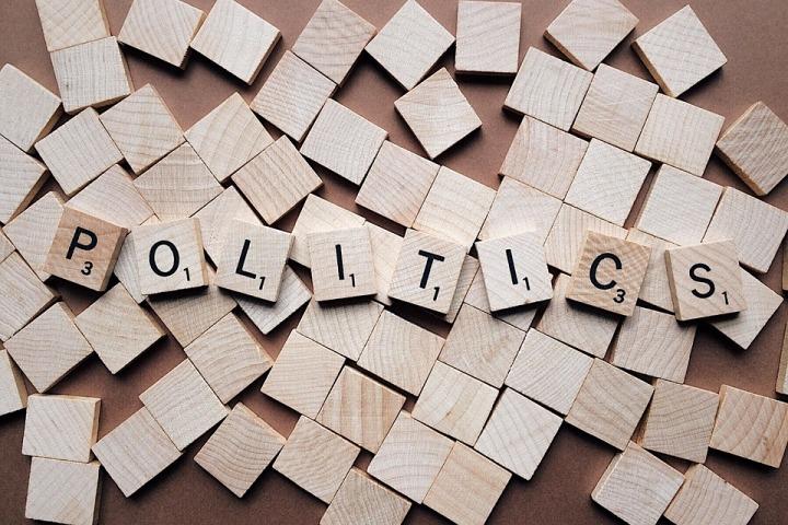 politics-2361943_960_720