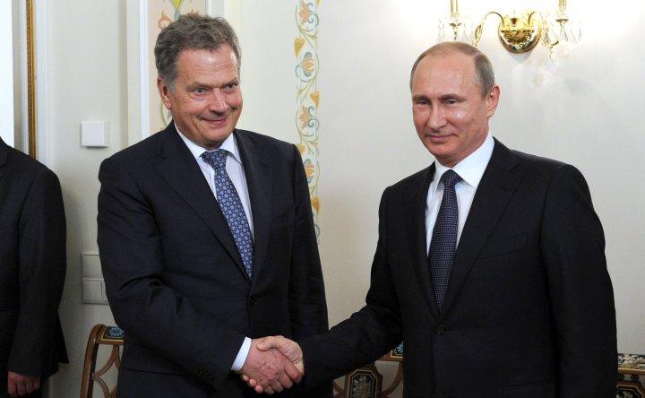 Vladimir_Putin_and_Sauli_Niinistö_16.06.2015-2