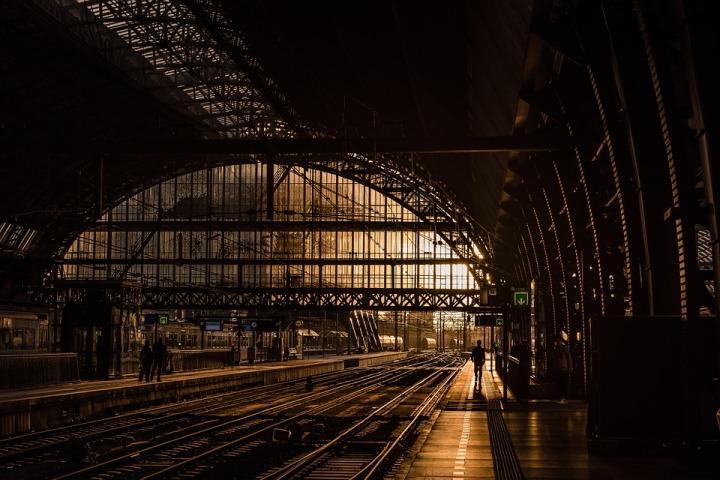 station-839208_960_720